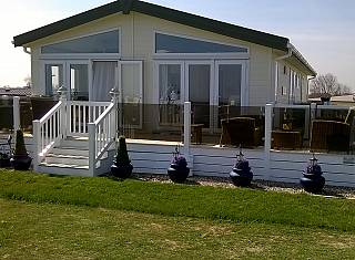 Pemberton Glendale 40 x 22 2b Holiday Home