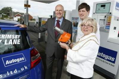 New pump for gas-powered vehicles opens